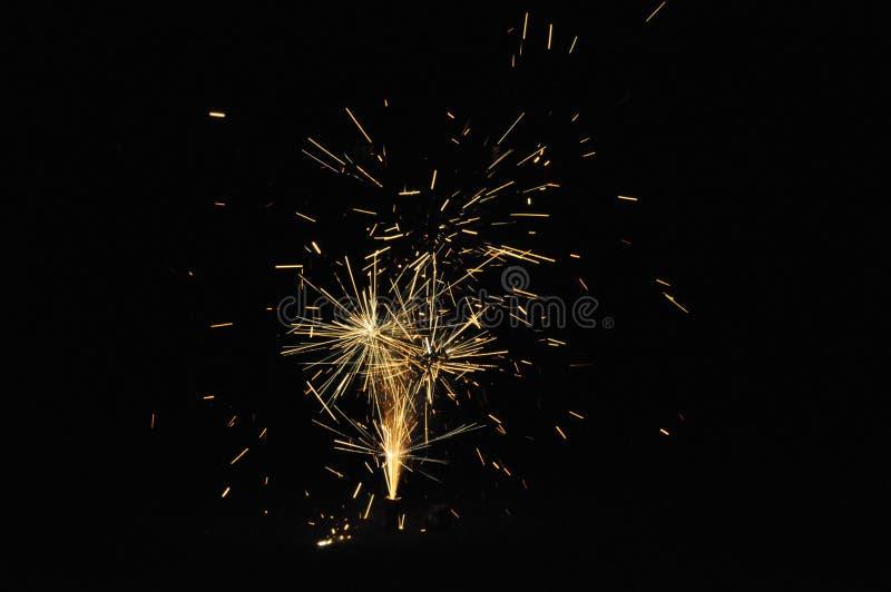 Fogos-de-artifício na noite de Guy Fawkes em Nova Zelândia foto de stock royalty free