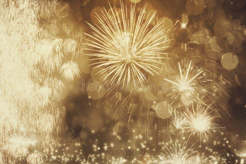 Fogos-de-artifício no ano novo imagens de stock royalty free