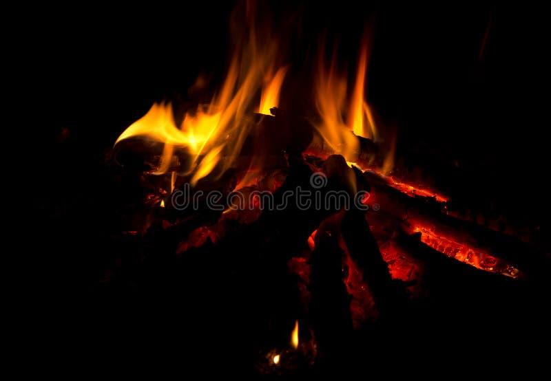 A fogueira inflama a vista geral imagens de stock royalty free