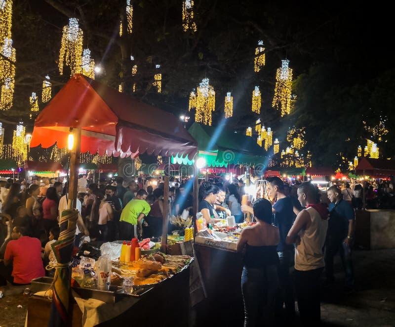 Foire de Noël dans la ville colombienne de Cali images libres de droits
