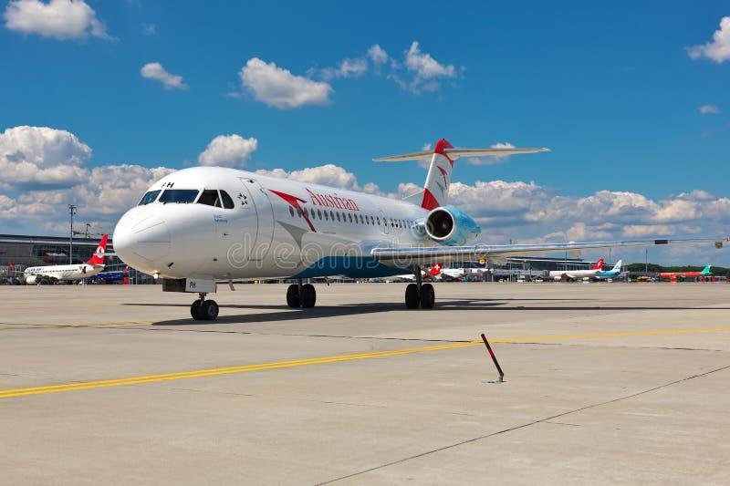 Fokker 70 de Austrian Arrows fotos de archivo