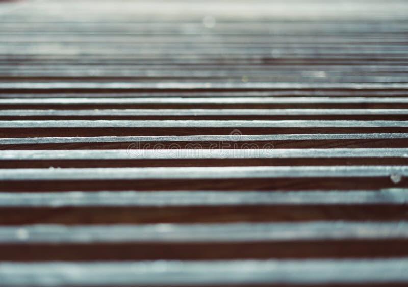 Fokus auf Hintergrund einiger Holzbalken auf einem Haus fassade lizenzfreies stockbild