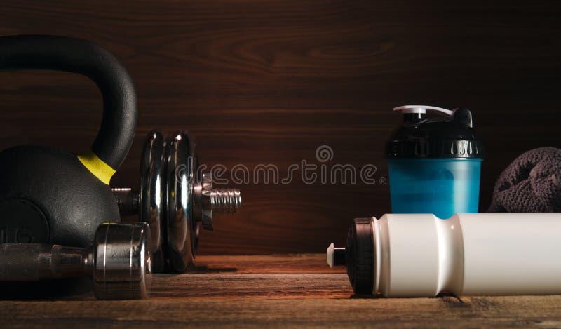 Folâtrez le mode de vie et l'haltérophilie sains c de bodybuilding de forme physique images stock