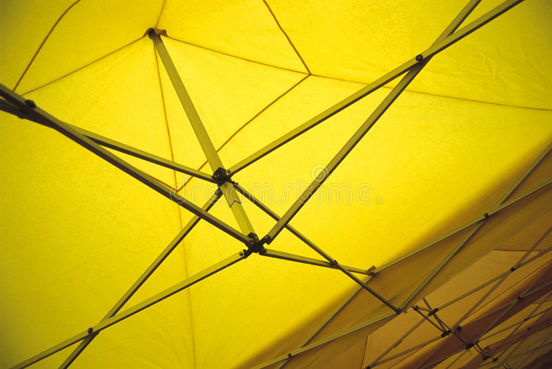 foldable namiot żółty obraz royalty free