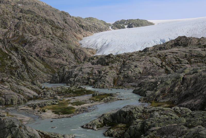 Folgefonna Gletscher in den Bergen bei Hardanger fjord stockfotos
