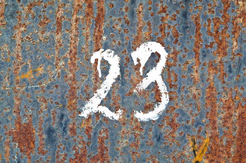 """Folha de metal oxidada com a pintura que descasca fora o """"do â – 23 imagem de stock"""