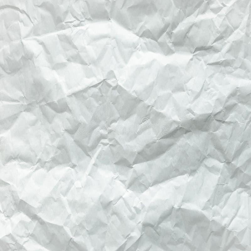 Folha de papel branca dobrada Folha de papel branca esmagada e dobrada Papel de nota Papel enrugado fotografia de stock