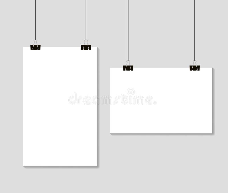 Folhas de papel vazias vazias que penduram em grampos da pasta Formato A4 do molde do modelo no fundo cinzento Vetor eps10 ilustração stock