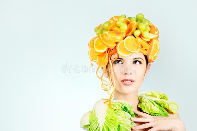 Folhas e laranjas foto de stock