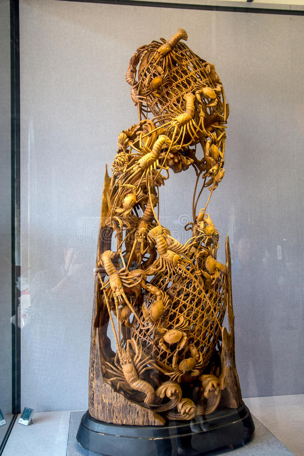 The folk art of Guangdong Chaoshan area, with rare wood carving to capture the shrimp cage. Chen Jia CI Tang and Chen Academy said. Built in the fourteen years stock photo