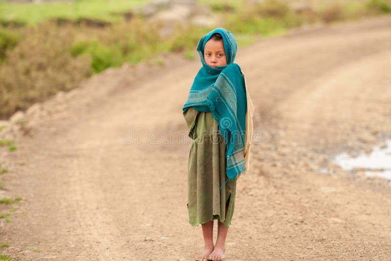 Folk i AKSUM, ETIOPIEN royaltyfria bilder