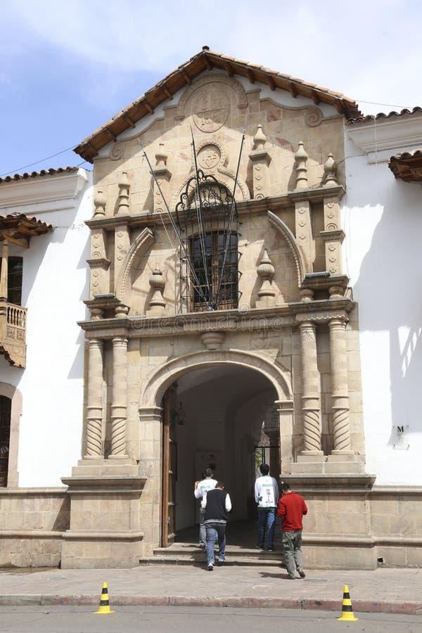 Folk i Casa De Libertad - hus av frihet, Sucre royaltyfri bild