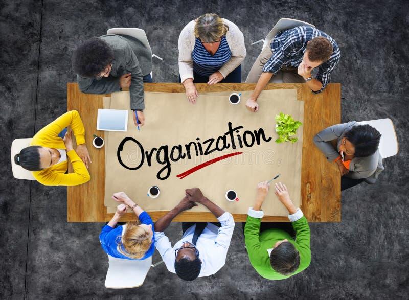 Folk i ett möte och organisationsbegrepp royaltyfri foto