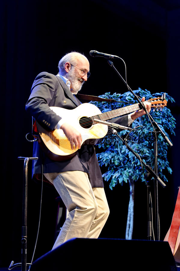 Download Folk Music With Paul Stookey Editorial Photography - Image: 23490107