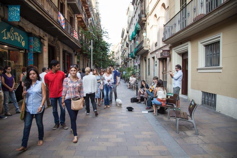 folket för barcelona blurrörelse shutter gator för långsam hastighet royaltyfria foton