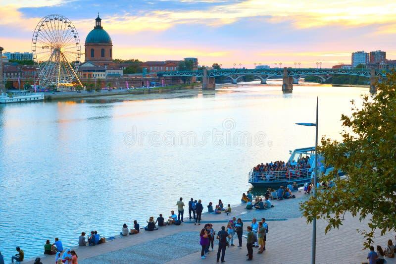 FolkGarone flod Toulouse Frankrike royaltyfri fotografi