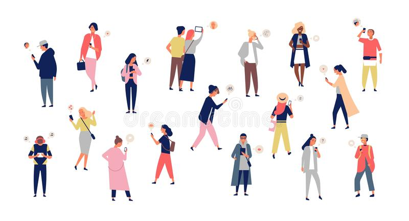 Folkmassa av unga män och kvinnor som rymmer smartphones och smsar och att tala och att lyssna till musik som tar selfie Grupp av vektor illustrationer