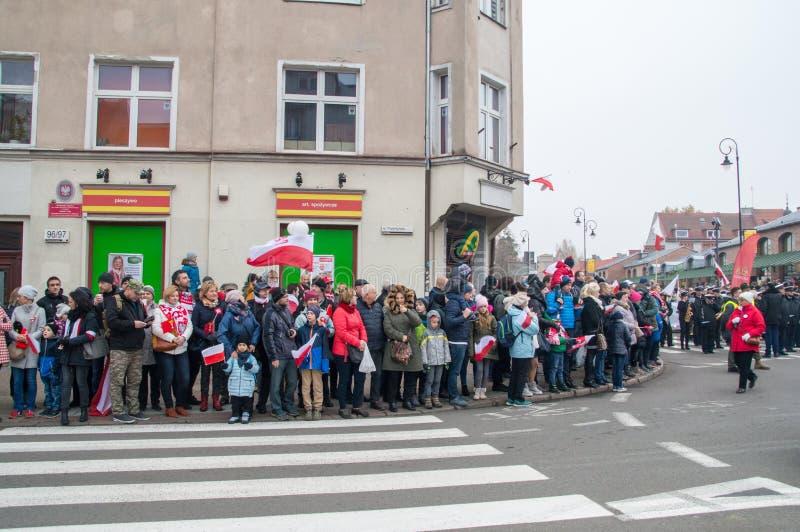 Folkmassa på den polska självständighetsdagen i Gdansk Firar den 100. årsdagen av självständighet royaltyfria foton