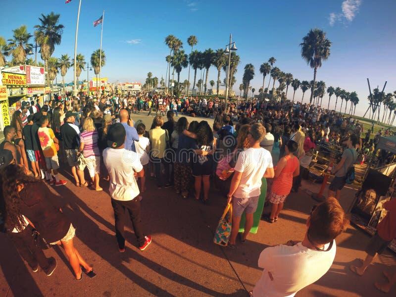 Folkmassacirkel arkivbild
