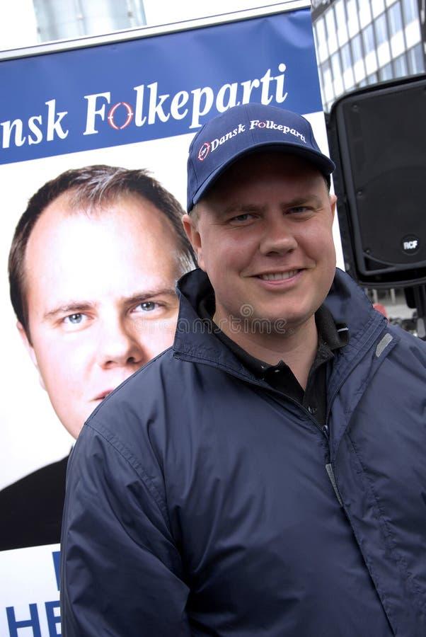 FOLKS FÖR DF _DANISH PARTI PÅ ECLTION COMPAIGN royaltyfri foto