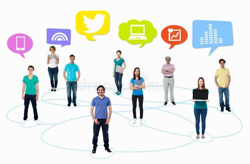 Folks nätverk, socialt massmedia arkivfoton