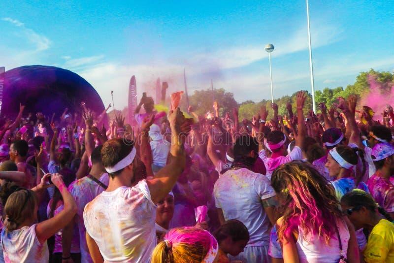 Folla di funzionamento di colore