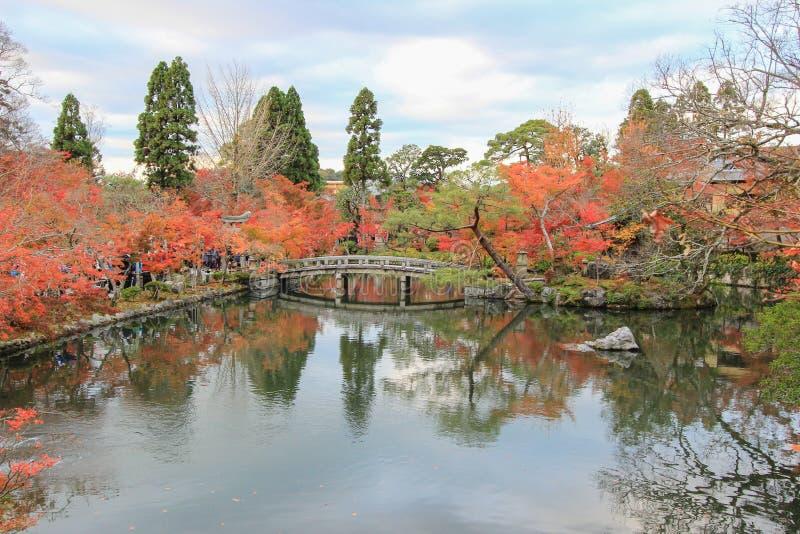 Follaje de otoño en el templo de Eikando, Sakyo-ku, Kyoto, Japón imagen de archivo libre de regalías