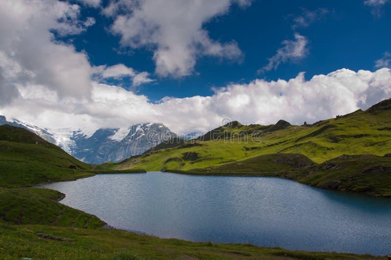Fom de vue la PREMIÈRE montagne photo stock