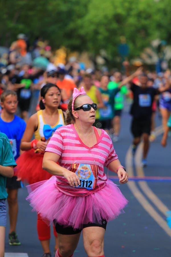 Fonctionnement de marathon de Disney photo stock