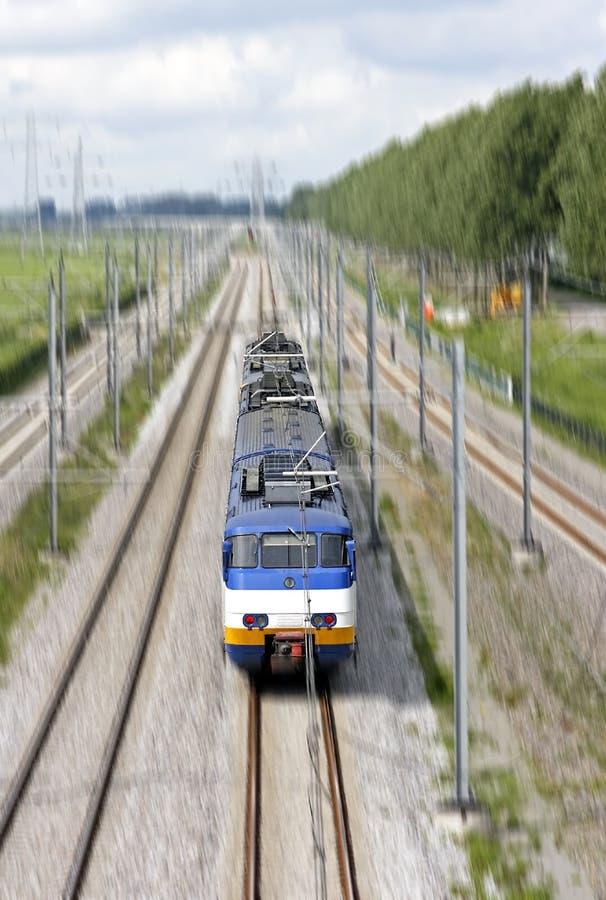 Fonctionnement de train en Hollande images stock