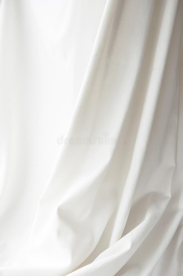 Fond élégant blanc de draperie de texture de tissu de toile images libres de droits