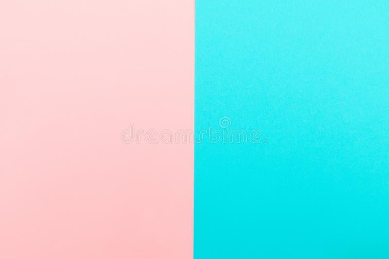 Fond étendu plat de papier bleu et rose de couleur en pastel photo stock
