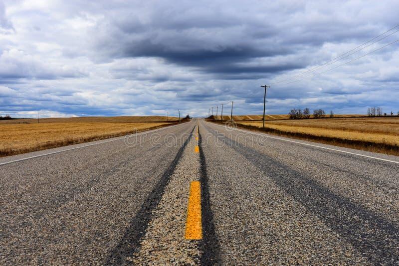 Fond abandonné de route image libre de droits