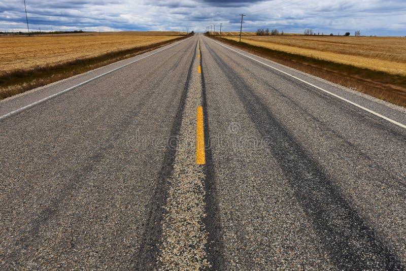 Fond abandonné de route photographie stock