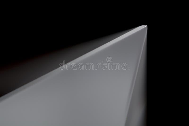 Fond abstrait avec une pyramide grise image stock