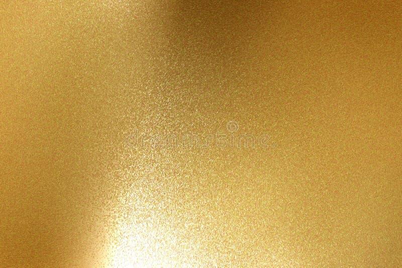 Fond abstrait, briller léger sur la texture approximative de plancher en métal d'or illustration stock