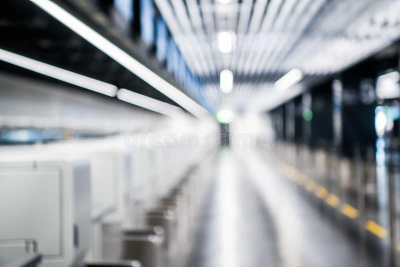 Fond abstrait brouillé de hall de comptoir d'enregistrement d'aéroport photos libres de droits