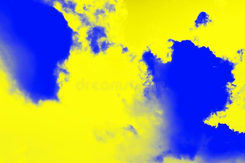 Fond abstrait d'éclaboussure de peinture Couleur jaune de citron et couleurs bleues d'outre-mer Fond ultra moderne photographie stock