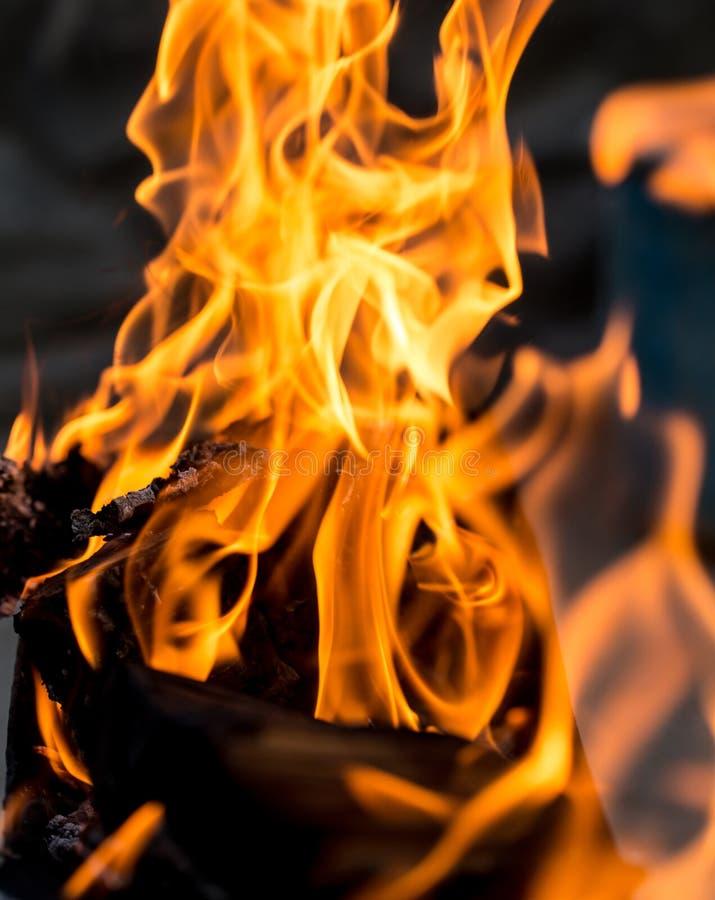 Fond abstrait d'une flamme du feu photos stock