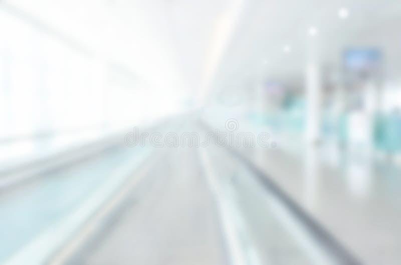 Fond abstrait de tache floue, intérieur moderne de bâtiment photo stock