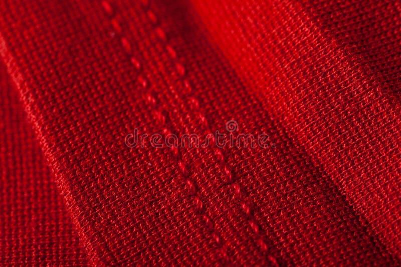 Fond abstrait de tissu rouge luxueux photos libres de droits