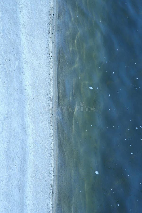 Download Fond avec de l'eau image stock. Image du rayé, foncé, image - 2139443