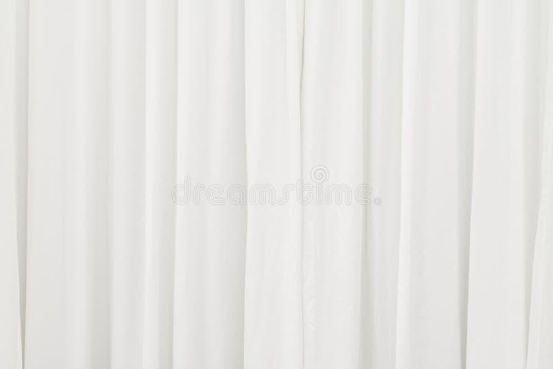Fond blanc de rideau Soustrayez de drapent le contexte photographie stock