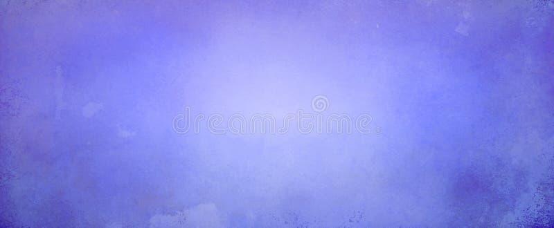 Fond bleu pourpre de résumé avec rougeoyer lumineux doux de centre et frontière foncée avec la texture grunge de vieux cru image stock