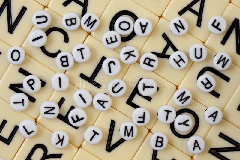 Fond chaotique d'alphabet photographie stock libre de droits