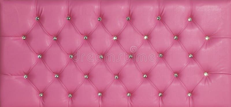 Fond clouté par diamant en cuir de luxe rose photos stock