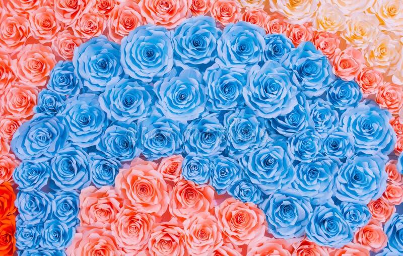 Fond coloré de papier de fleur de rose d'arc-en-ciel abstrait photographie stock