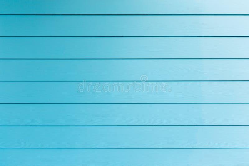 Fond d'ombrager le mur bleu photographie stock