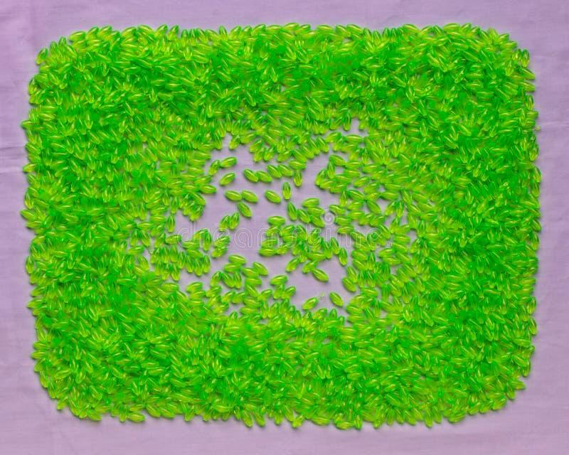 Fond de beaucoup de perles en plastique vertes en plastique photographie stock libre de droits