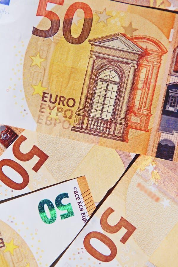 Fond de 50 billets de banque d'euros photographie stock